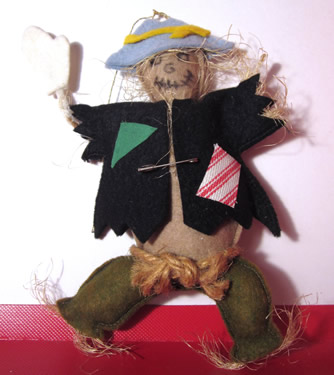 Scarecrow (old version - missing a hand)